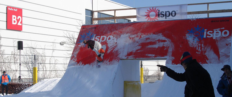 Rampen, Rails und Bodenbeläge für Ski und Snowboard Freestyle