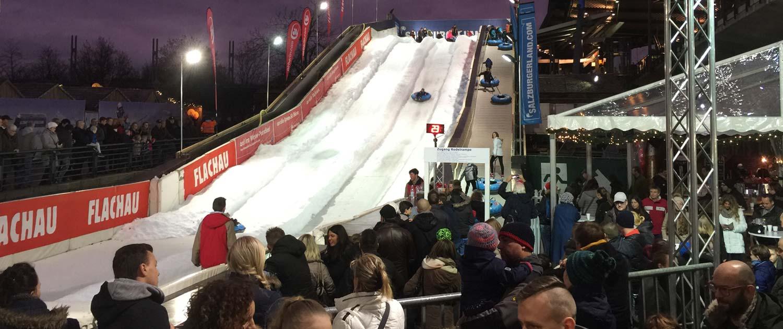 Rodeln und snowtubing auf snow+promotion Schneerampen